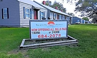 Community Signage, 758 Sylvan Ln, 1