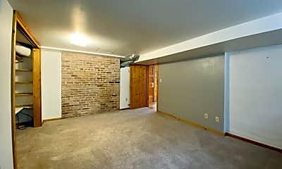 Kitchen, 516 W Olive St, 1