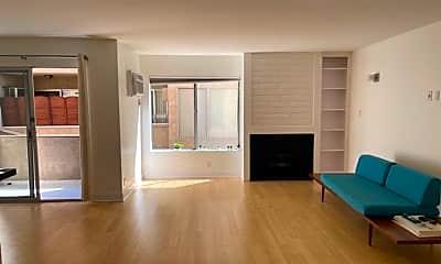 Living Room, 740 N Orlando Ave, 0