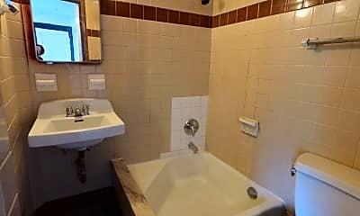 Bathroom, 30 Kelsey Rd, 1