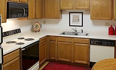 Kitchen, The Lexington Apartments And Townhomes, 1