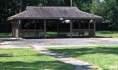 Pinecrest Manor, 2