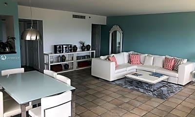 Kitchen, 834 Ocean Dr 501, 1