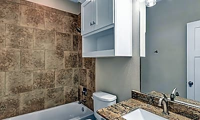 Bathroom, 2101 Sunrise Ave, 1