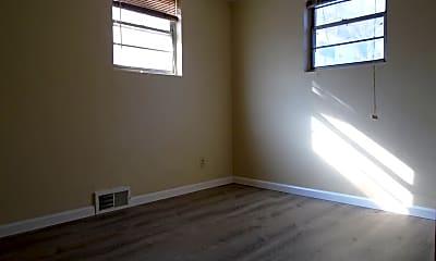 Bedroom, 2112 Elm Ln, 2