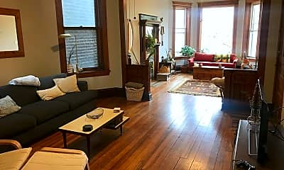 Living Room, 1333 N Campbell Ave, 1