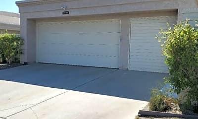 Building, 68095 Seven Oaks Pl, 1