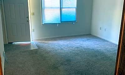 Living Room, 814 Creekside Dr, 1