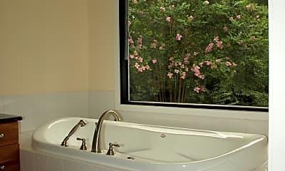 Bathroom, 11521 Fairfax Station Rd, 2