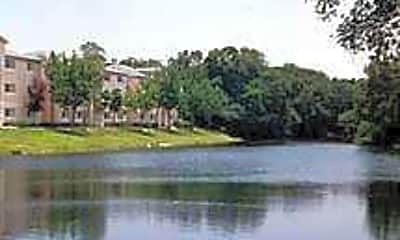 Waterford Lakes Apartments, 1