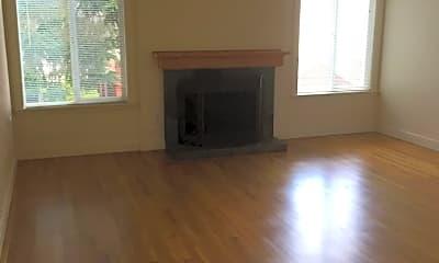 Living Room, 2801 N Ainsworth St, 0