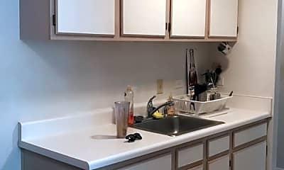 Kitchen, 1800 Jefferson Park Ave, 0