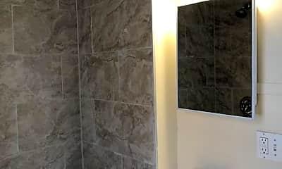 Bathroom, 1212 N Calvert St, 1