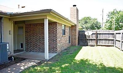 Building, 804 Wildwood Ln, 2
