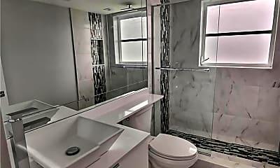 Bathroom, 2940 N Course Dr 912, 2