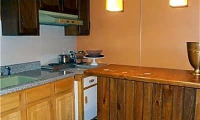 Kitchen, 1035 Shore Acres Dr, 2