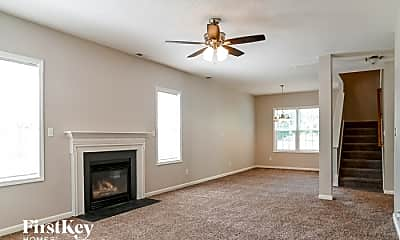 Living Room, 2020 Winston Diamond Ct, 1