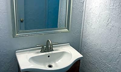 Bathroom, 215 Greenleaf St SW, 2