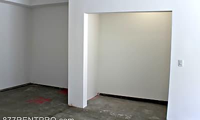Bedroom, 14113 Sylvan St, 2