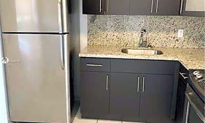 Kitchen, 1612 Jefferson Ave, 1