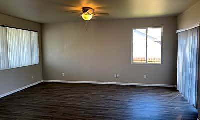 Living Room, 1403 Gettysburg Dr, 1