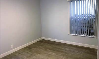 Bedroom, 823 W 25th St, 2