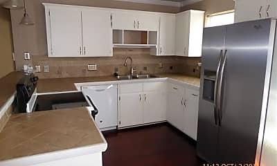 Kitchen, 4018 SW Mesquite Dr, 1