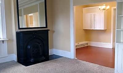 Living Room, 391 S Jefferson St, 1