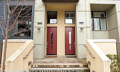 Building, 3727 Heron Way, 1