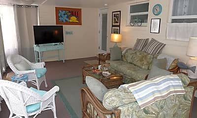 Living Room, 817 10th Ave, 2
