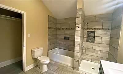 Bathroom, 3122 Marais St, 2