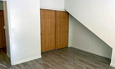 Bedroom, 185 Hillcrest Dr, 2