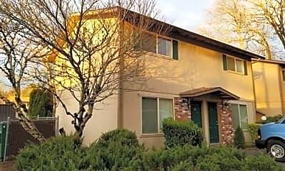 Building, 3025 SE Maple St, 1