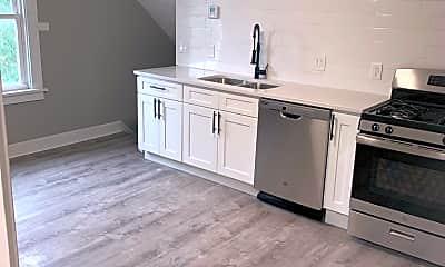 Kitchen, 2121 Carabel Ave, 1