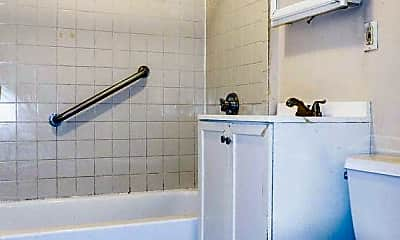 Bathroom, 2989 Washington St, 2