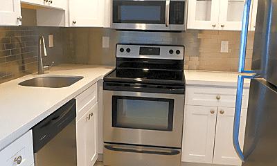 Kitchen, 760 Executive Center Dr, 2