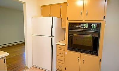 Kitchen, 30412 Saxon Ct, 2