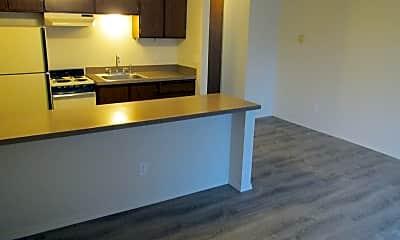 Kitchen, 10306 NE Wygant St, 1