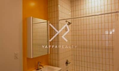 Bathroom, 3206 Glenwood Rd, 1