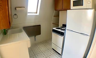 Kitchen, 603 S Franklin St, 1