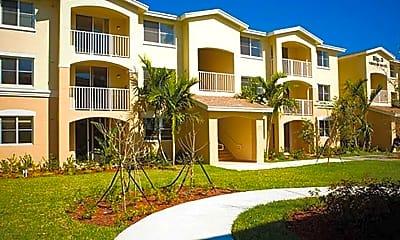 Building, The Oaks in North Miami, 0