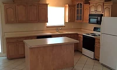 Kitchen, 96 Hedge Dr, 1