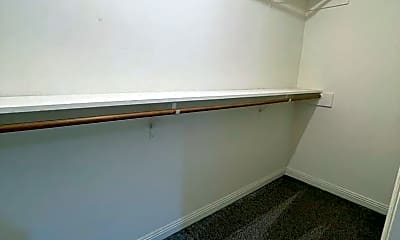 Bathroom, 3102 Tealwood Pl, 2