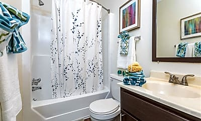 Bathroom, Regency Park Apartment Homes, 2