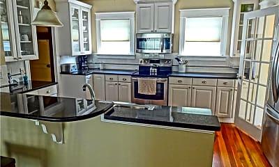 Kitchen, 35 Annandale Rd, 1