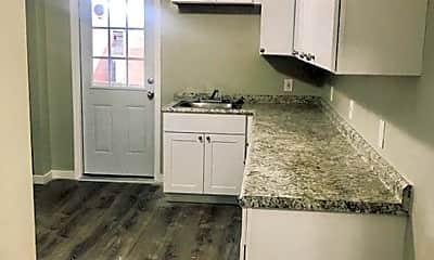 Kitchen, 325 Linden Ave, 0