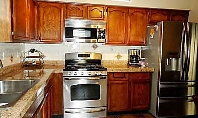 Kitchen, 641 Wind River Ave, 1