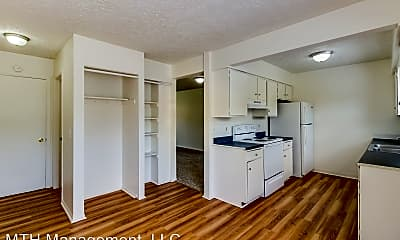 Kitchen, Alton Duplexes - Fryar Family 716, 718, 722, 724 Alton, 1