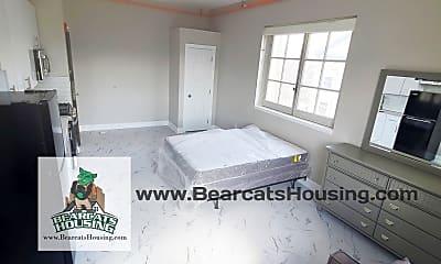 Bedroom, 80 State St, 1
