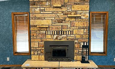 Living Room, 5011 US-93, 1